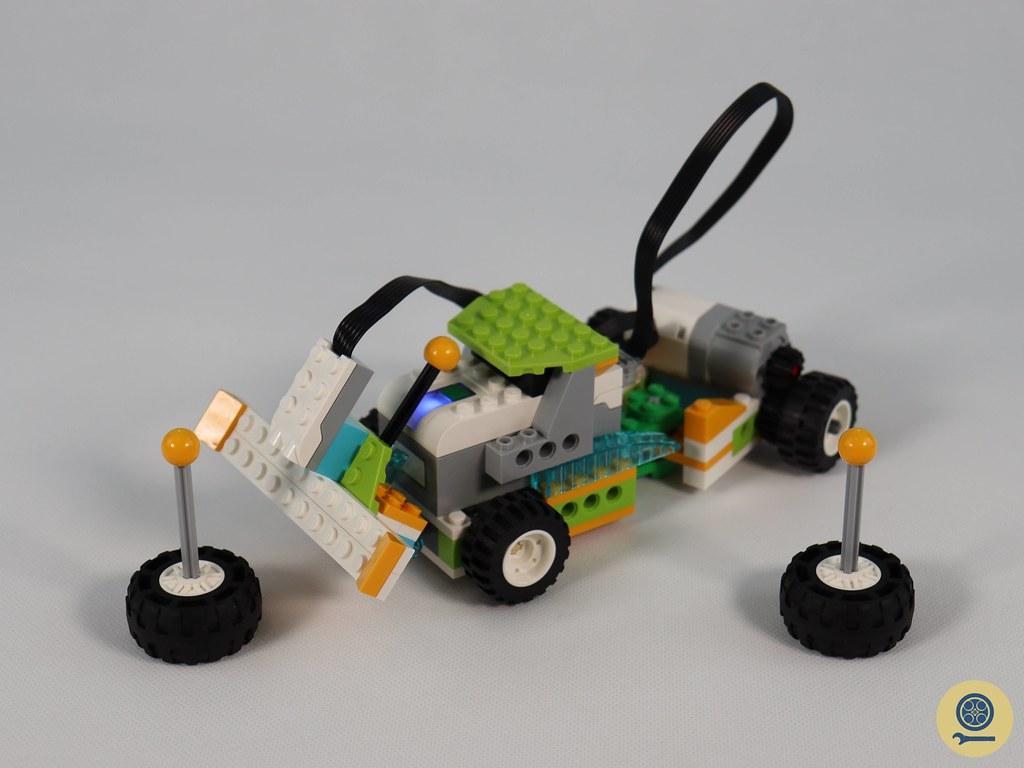 45300 WeDo 2.0 Core Set (8)