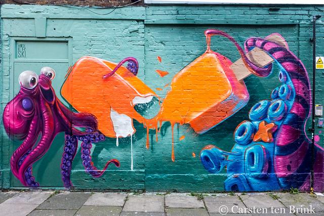 London street art - by Woskerski