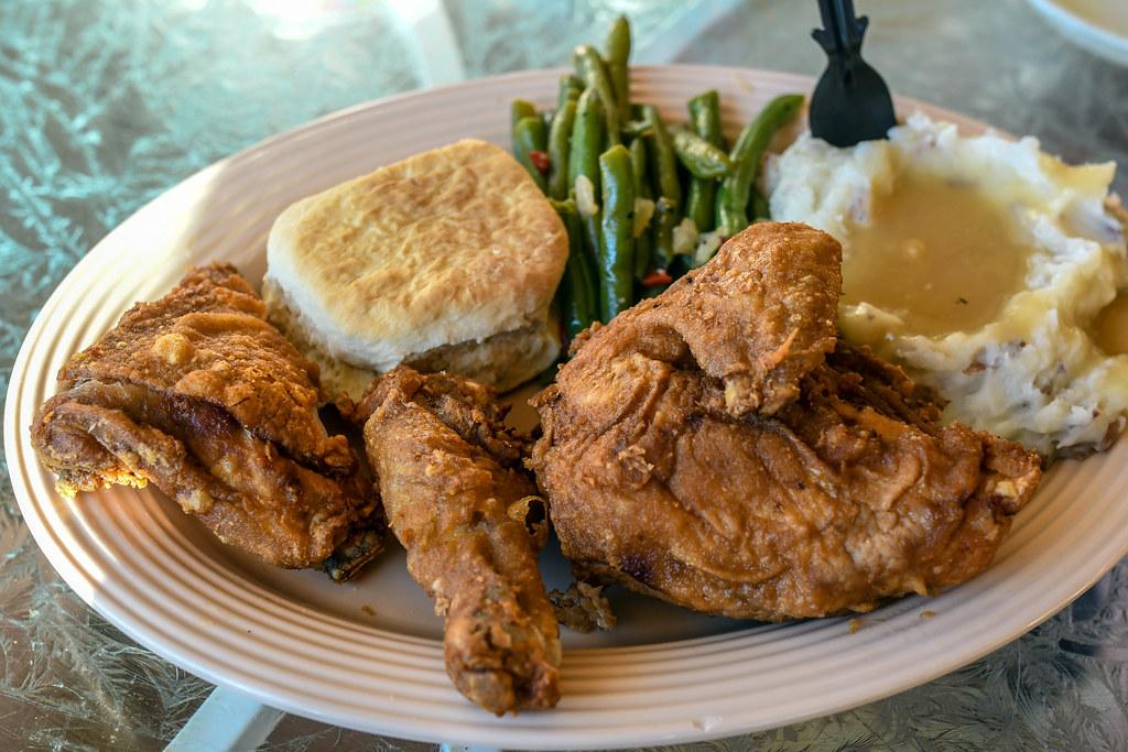 Fried Chicken plate Plaza Inn DL