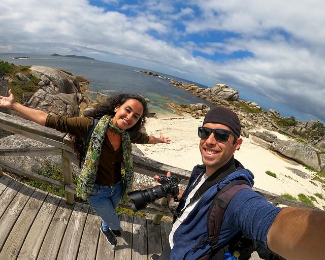Paseo de piedras Negras en O Grove, uno de los senderos más bonitos que visitar en Galicia
