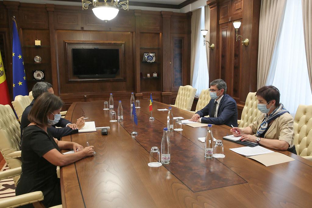 16.08.2021 Întrevederea Președintelui Parlamentului, Igor GROSU, cu Șeful Oficiului CoE la Chișinău, William MASSOLIN
