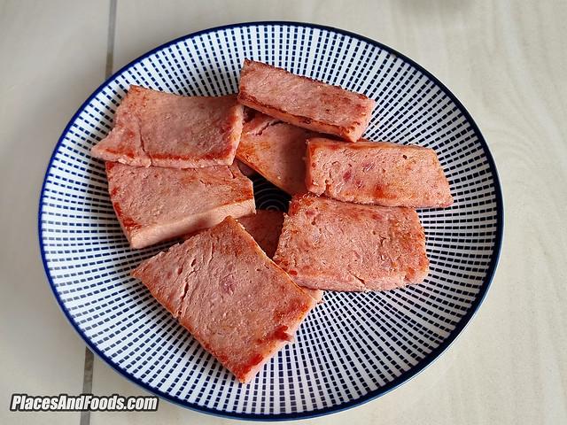 steamlah premium luncheon meat