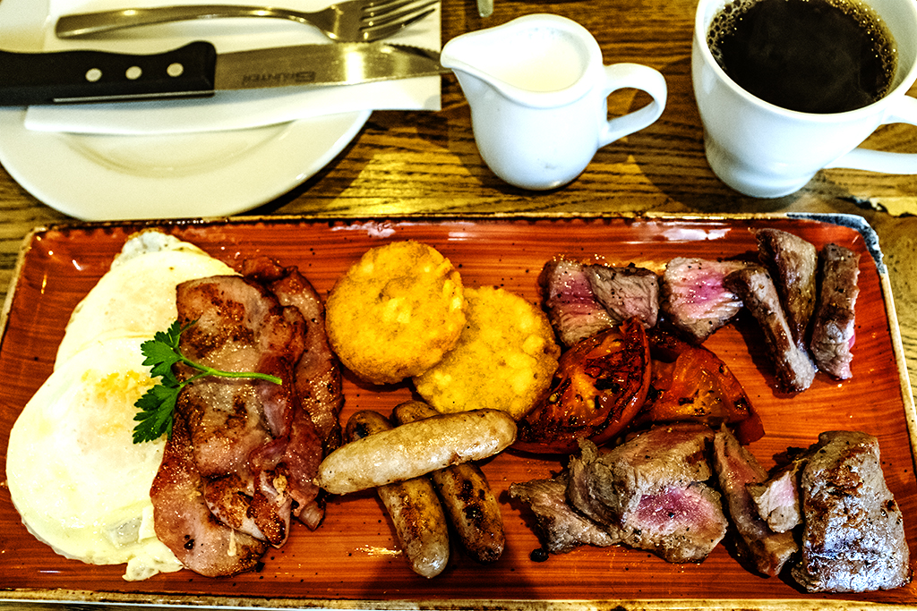 Mixed grill breakfast at Arnold's on 8-11-21--Cape Town