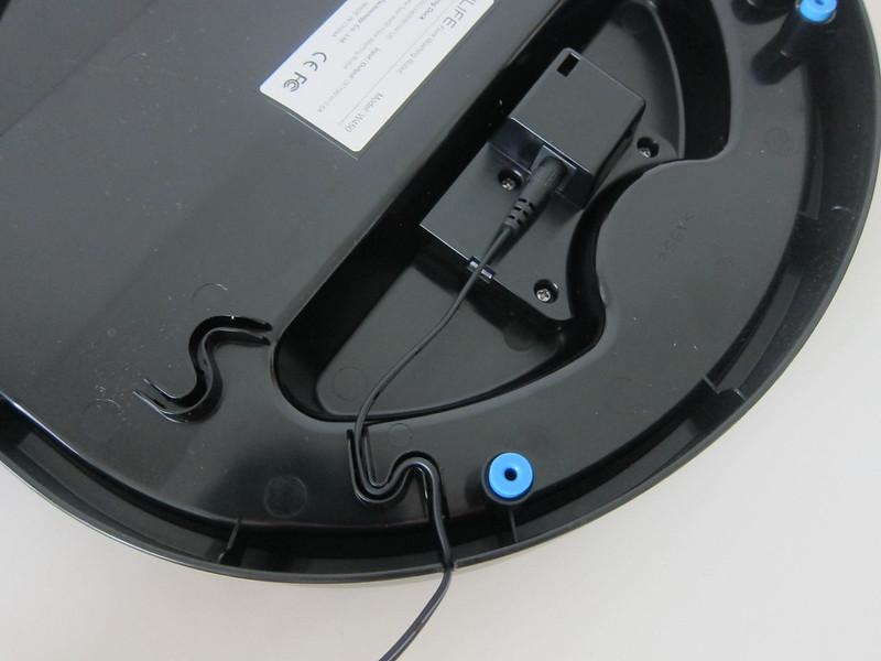 ILife Shinebot W450 - Base - With Charging Plug