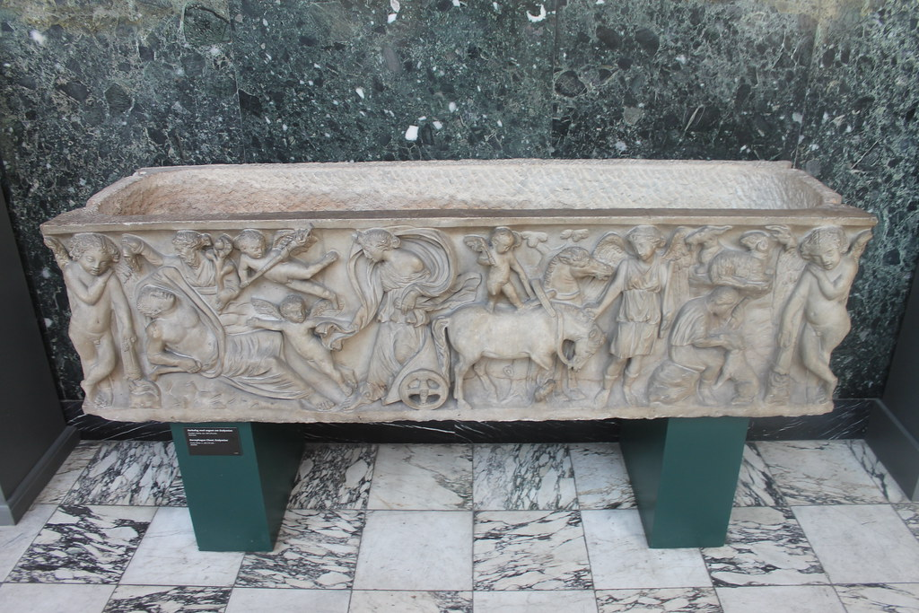 Sarcophagus with Endymion