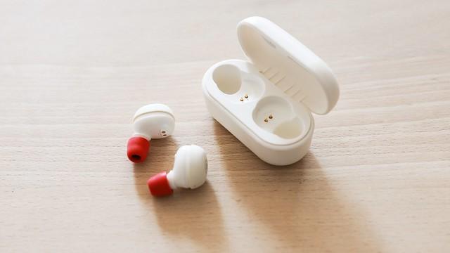 "YAMAHA ""TW-E3A"" + KZ Acoustics ""Noise isolating ear tips""."