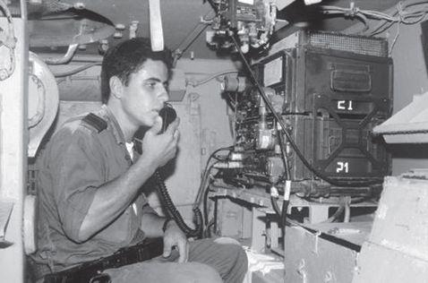 Radio-GRC-106-training-1992-70y-1