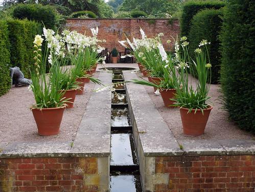 Hampton Court Castle Gardens