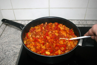 37 - Fold in & let get hot bell pepper /  Paprika verrühren & heiß werden lassen