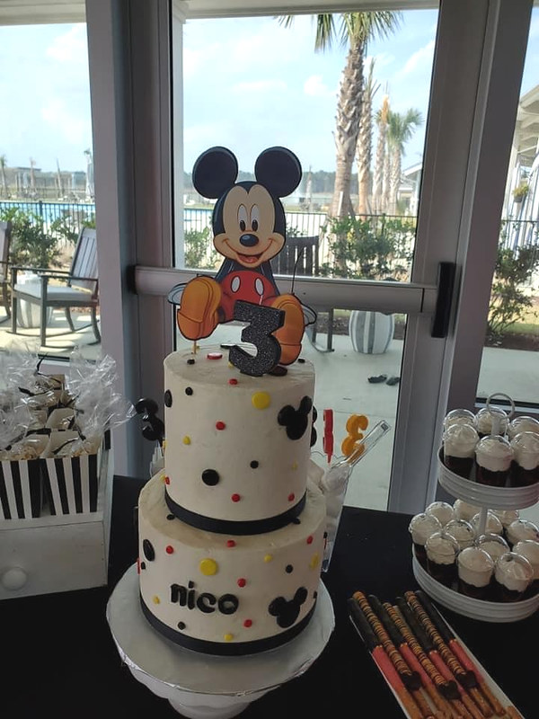 Cake by Lexi's Sweets & Treats