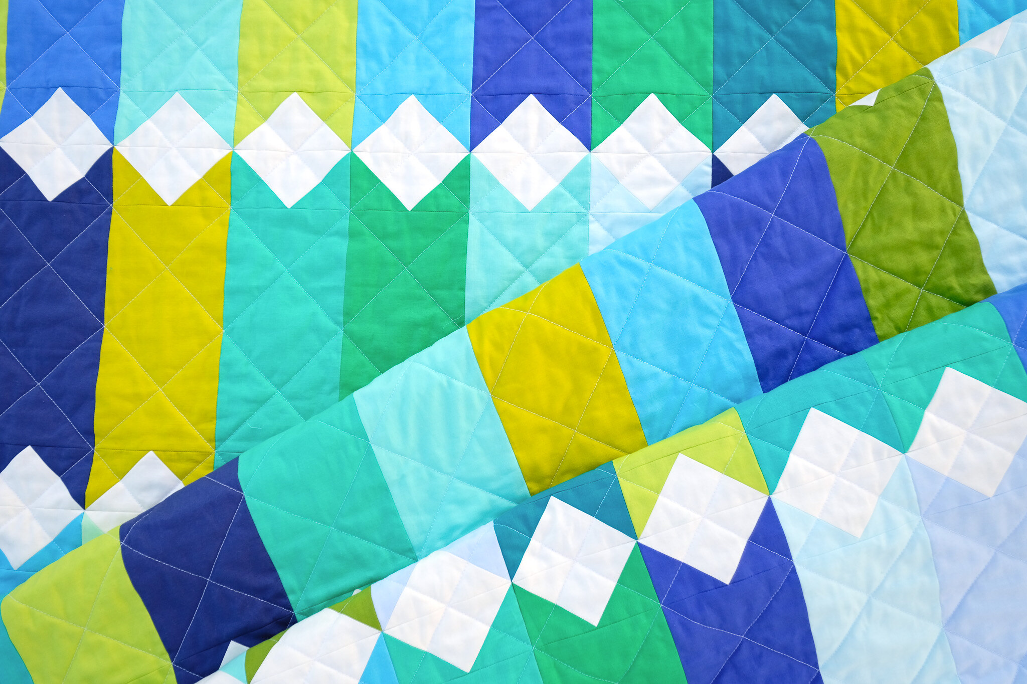 A Solids Virginia Quilt - Kitchen Table Quilting