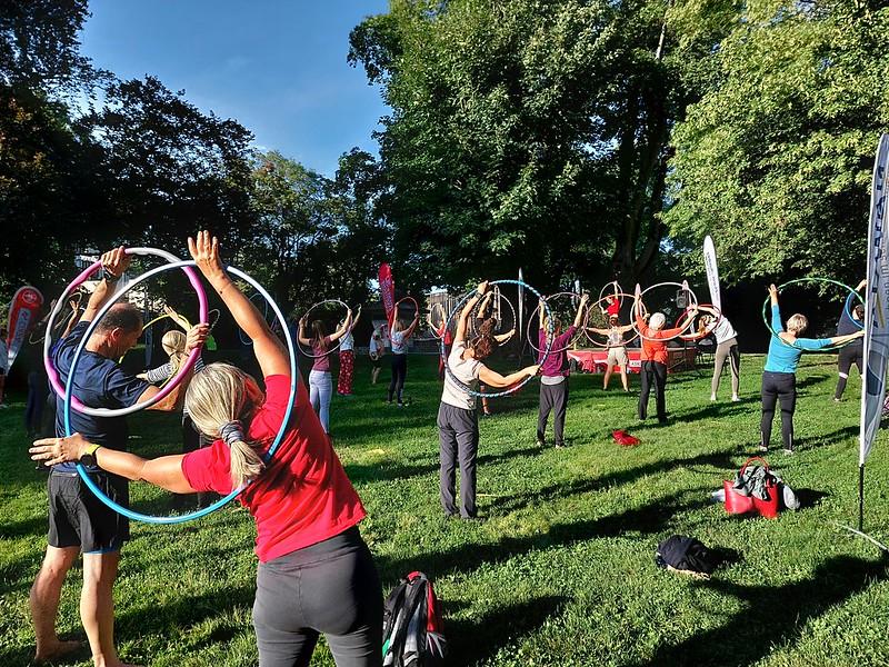 Hula Hoop im Türkenschanzpark