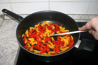 08 - Braise bell pepper / Paprika andünsten