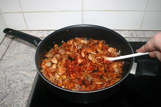 25 - Braise tomato puree / Tomatenmark andünsten