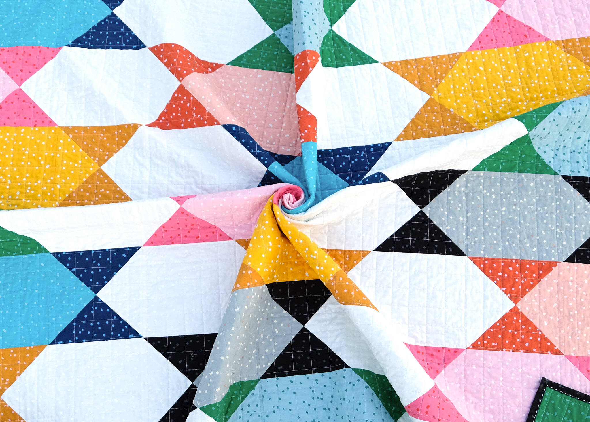 The Abigail Quilt Pattern - Kitchen Table Quilting