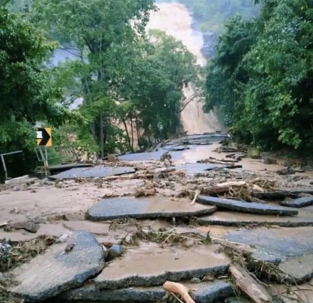 Fenomena Kepala Air Landa Kaki Gunung Jerai Sebabkan Banjir Di Beberapa Kawasan