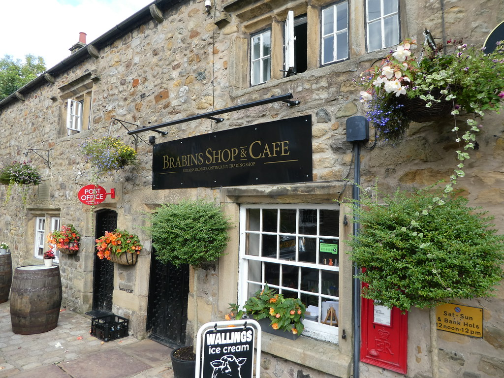 Brabin's Shop and Cafe, Chipping