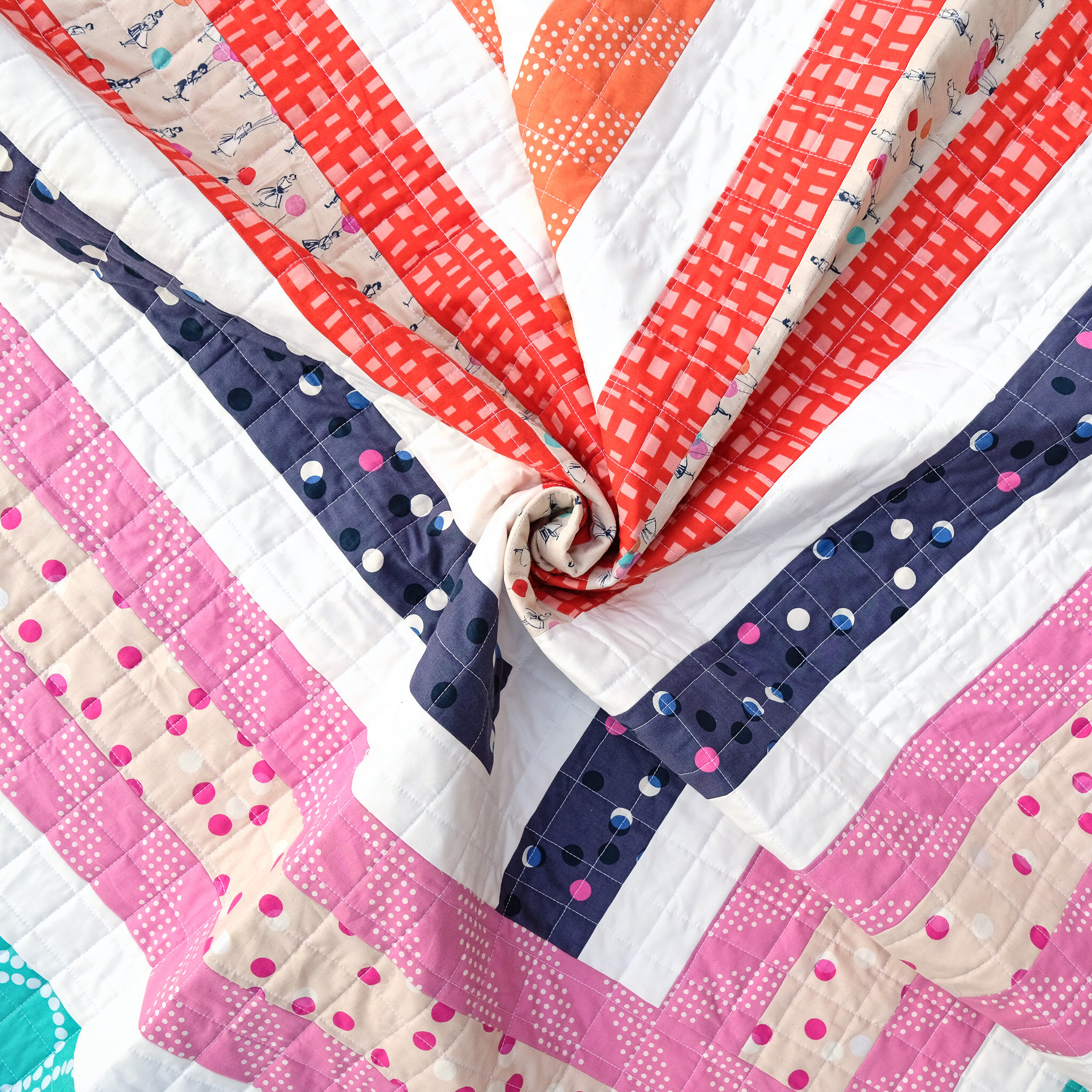 A Baby Size Zoe Quilt - Kitchen Table Quilting