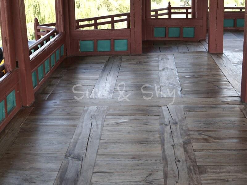 hwaseong fortress-floor