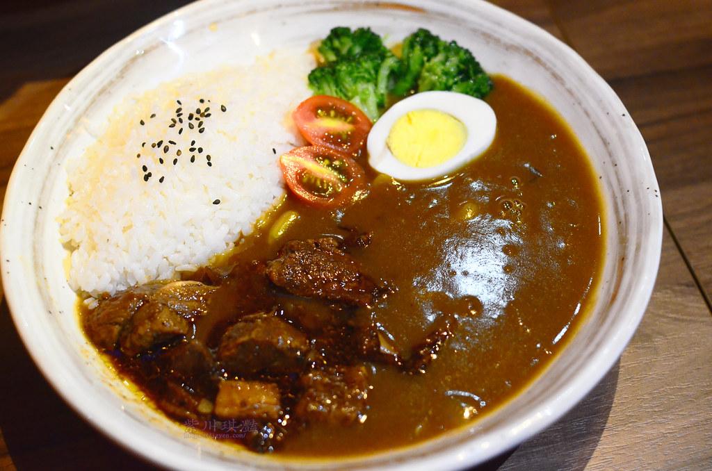 台中西區牛肉咖哩飯-0002