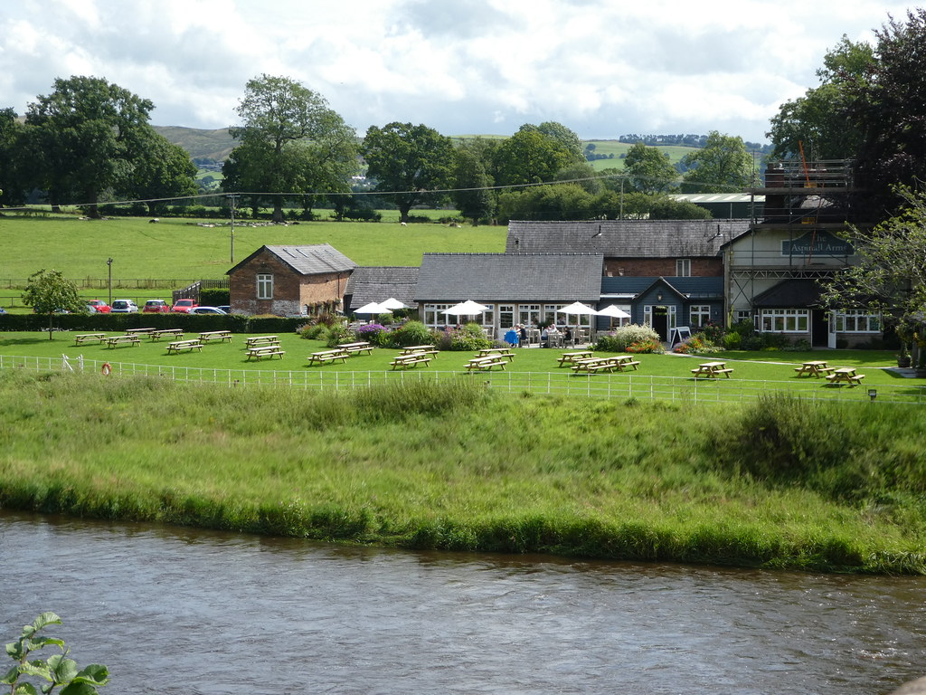 The Aspinall Arms, Mitton overlooking the River Hodder