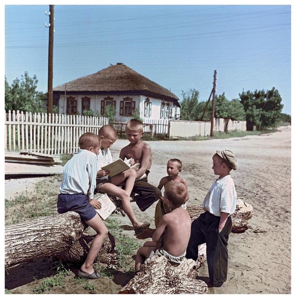 1960. Юные читатели. Станица Вешенская. Рюмкин Я.И.