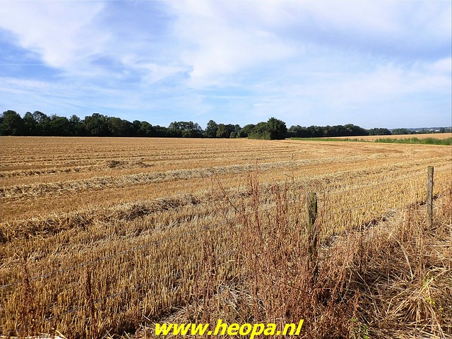 2021-08-15     dag 5  Rugzak - 10 - Daagse  Heuvelland (9)