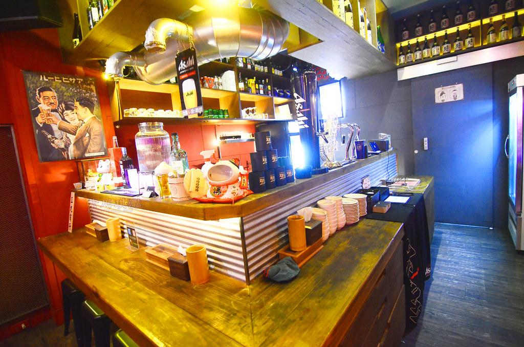 台中西區平價燒烤酒吧-001