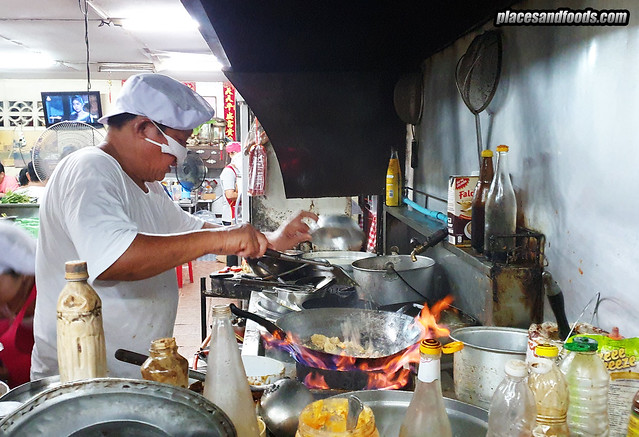 phuket town hong fish congee kitchen chef