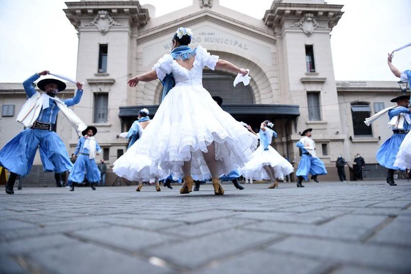 El Ballet Municipal  en el Mercado Norte