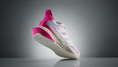 RECENZE: adidas 4DFWD Pulse. Krajkové boty z tiskárny
