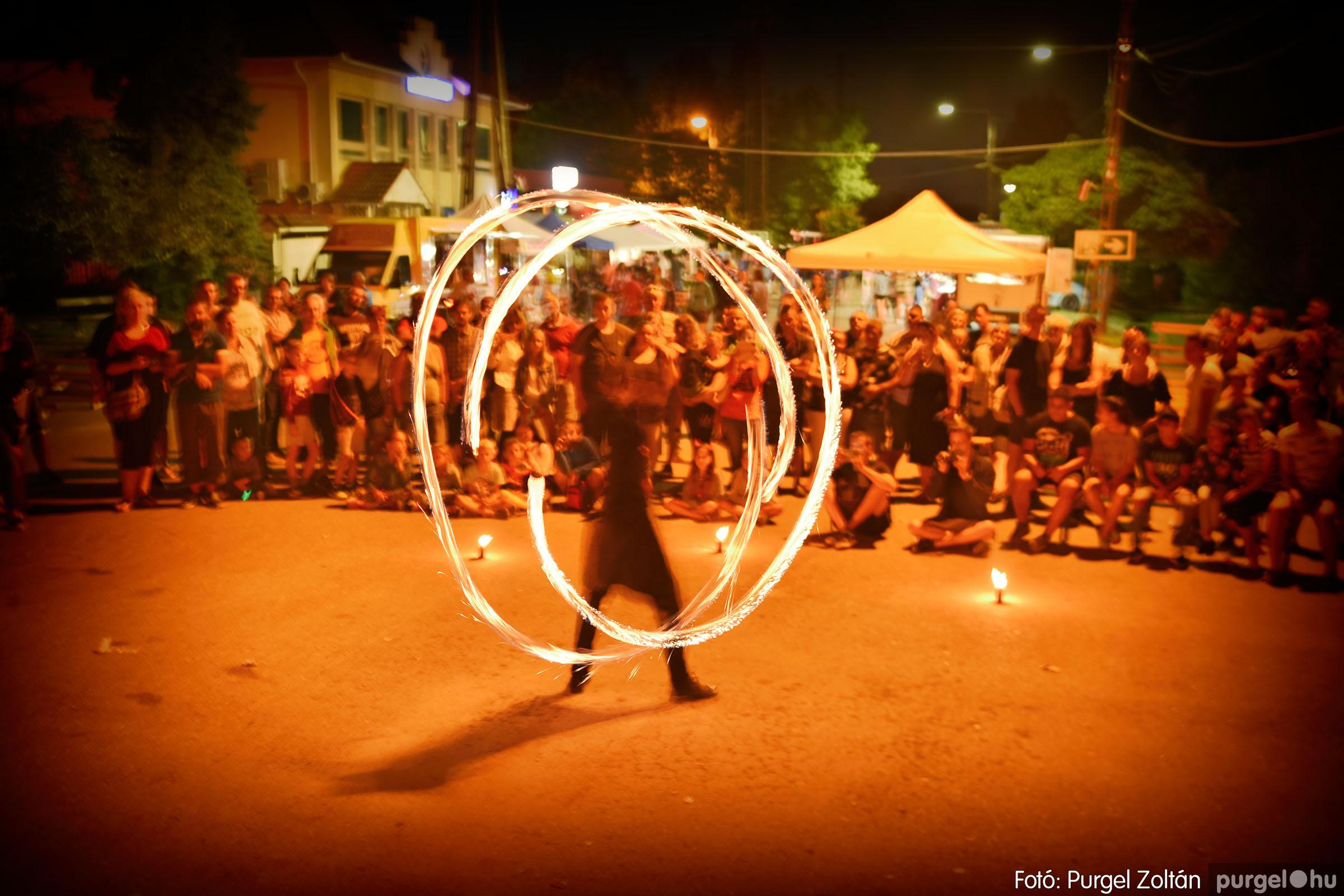 2021.08.20. 468 Szegvári Falunap - Phlox Tűzzsonglőr bemutató - Fotó:PURGEL ZOLTÁN© DSC_9367q.jpg