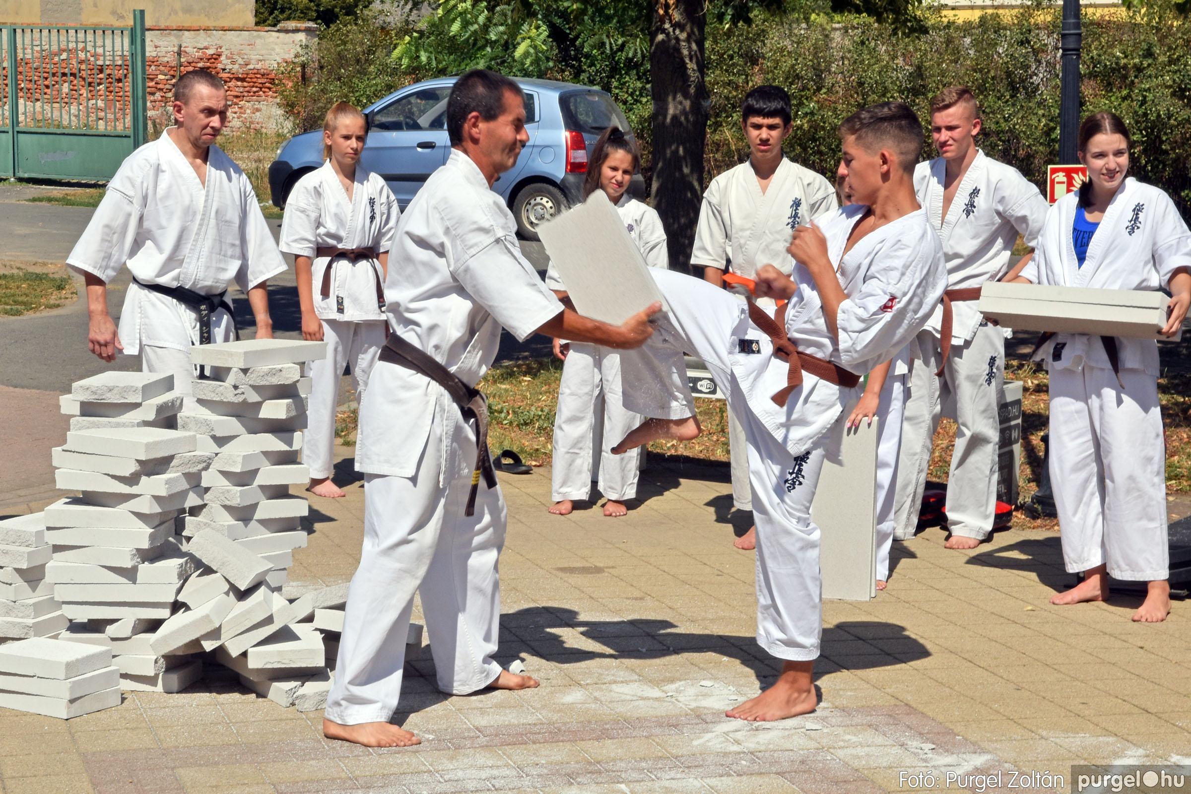 2021.08.20. 144 Szegvári Falunap - Kyokushin karate bemutató - Fotó:PURGEL ZOLTÁN© DSC_8850q.jpg
