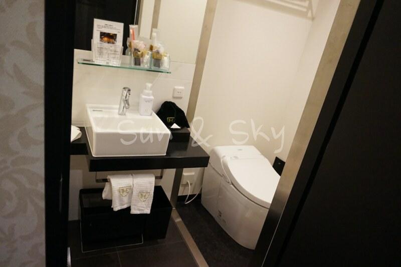 royal-park-haneda-toilet