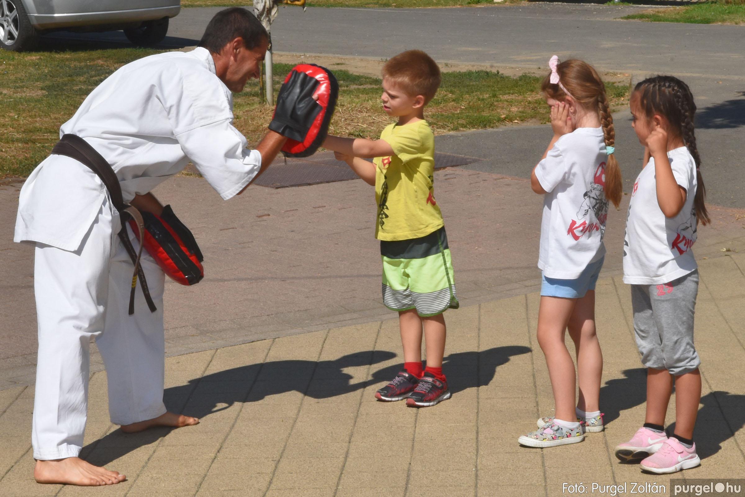 2021.08.20. 095 Szegvári Falunap - Kyokushin karate bemutató - Fotó:PURGEL ZOLTÁN© DSC_8789q.jpg