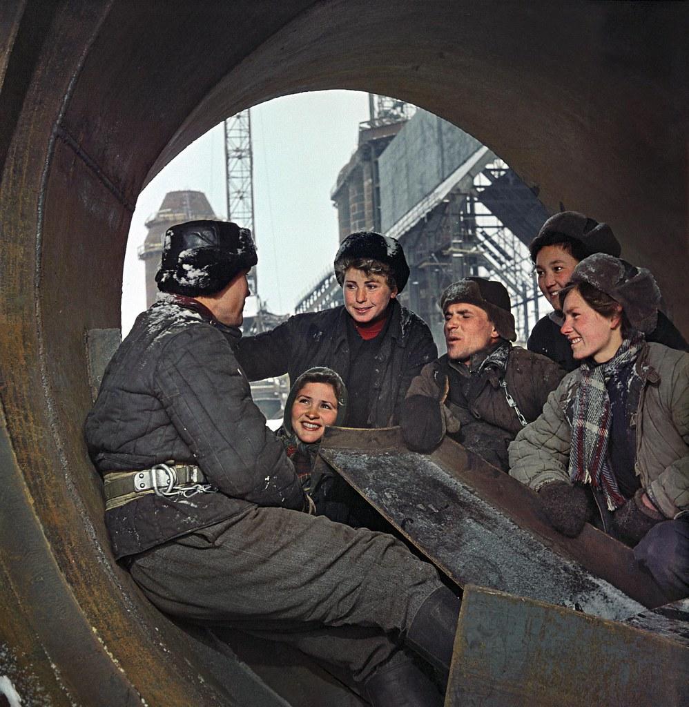 1958.  Темиртау. На строительстве Казахского металлургического завода. Ухтомский Д.