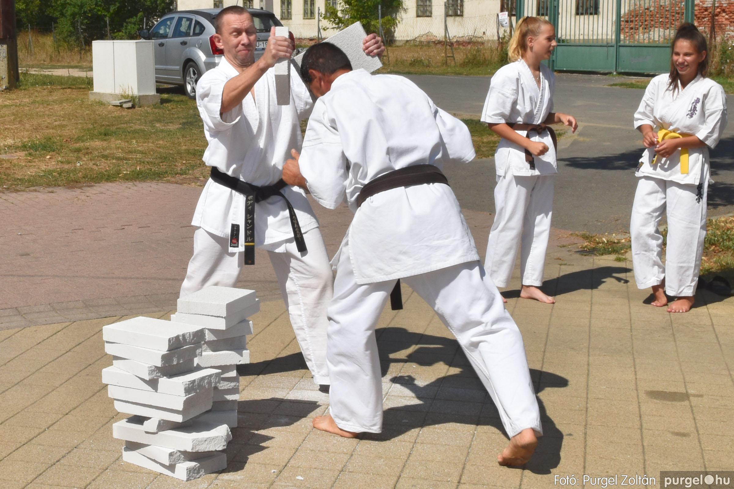 2021.08.20. 132 Szegvári Falunap - Kyokushin karate bemutató - Fotó:PURGEL ZOLTÁN© DSC_8835q.jpg