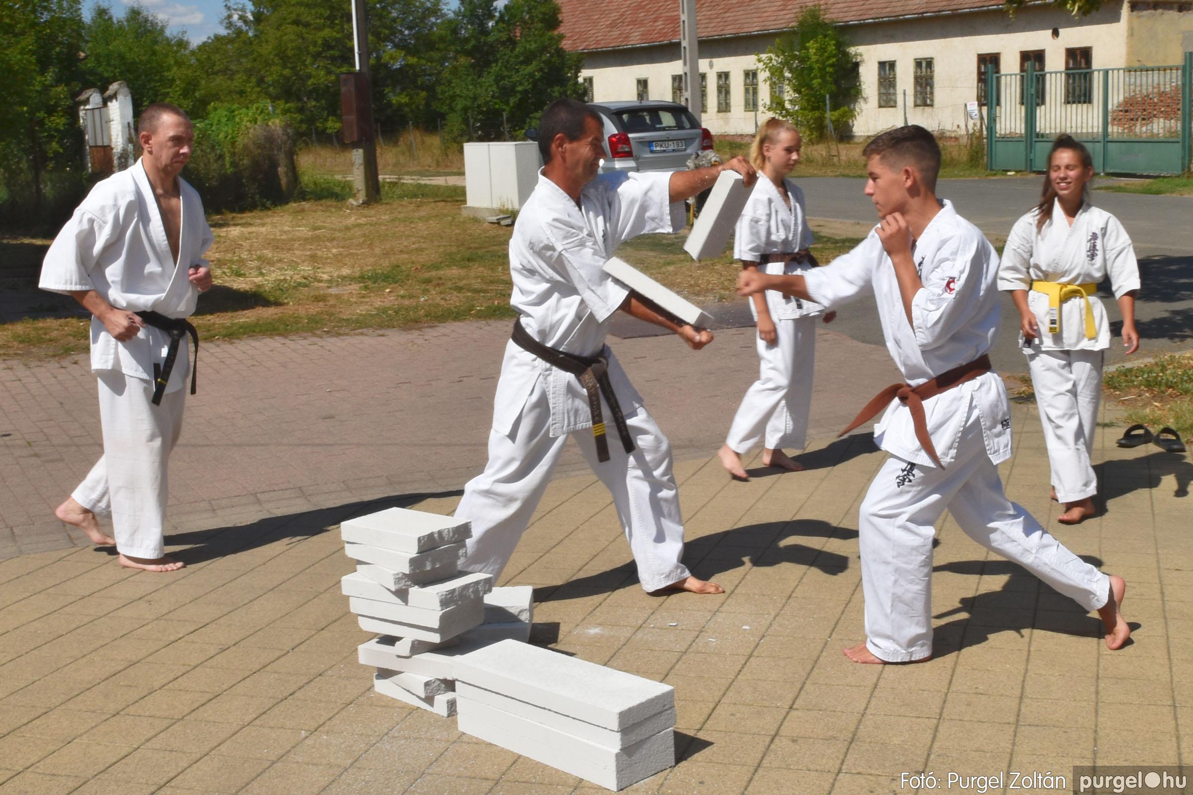 2021.08.20. 128 Szegvári Falunap - Kyokushin karate bemutató - Fotó:PURGEL ZOLTÁN© DSC_8831q.jpg