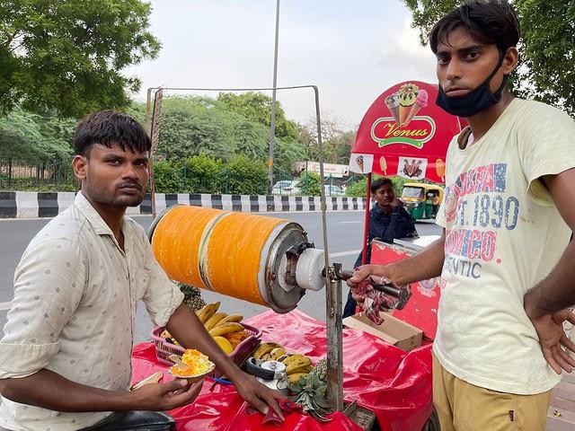 City Food - Fresh Fruit 'Roller' Ice-Cream, Mathura Road