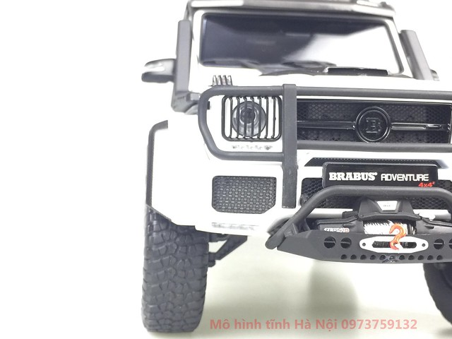 AlmostReal 1 18 Brabus 550 Adventure Mercedes G 4x4 mo hinh o to xe hoi diecast model car (3)
