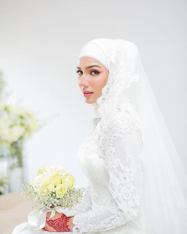 Elisya Sandha &Amp; Uzair Haqimy Selamat Diijabkabul, Kini Sah Sebagai Suami Isteri