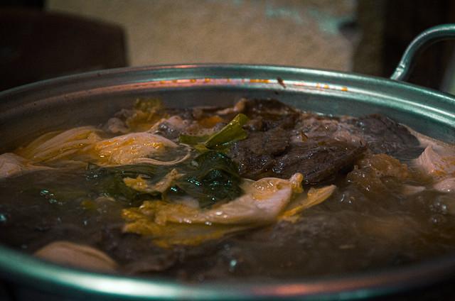 Boiling Beef Stew (Hotpot) (Lẩu Bò)