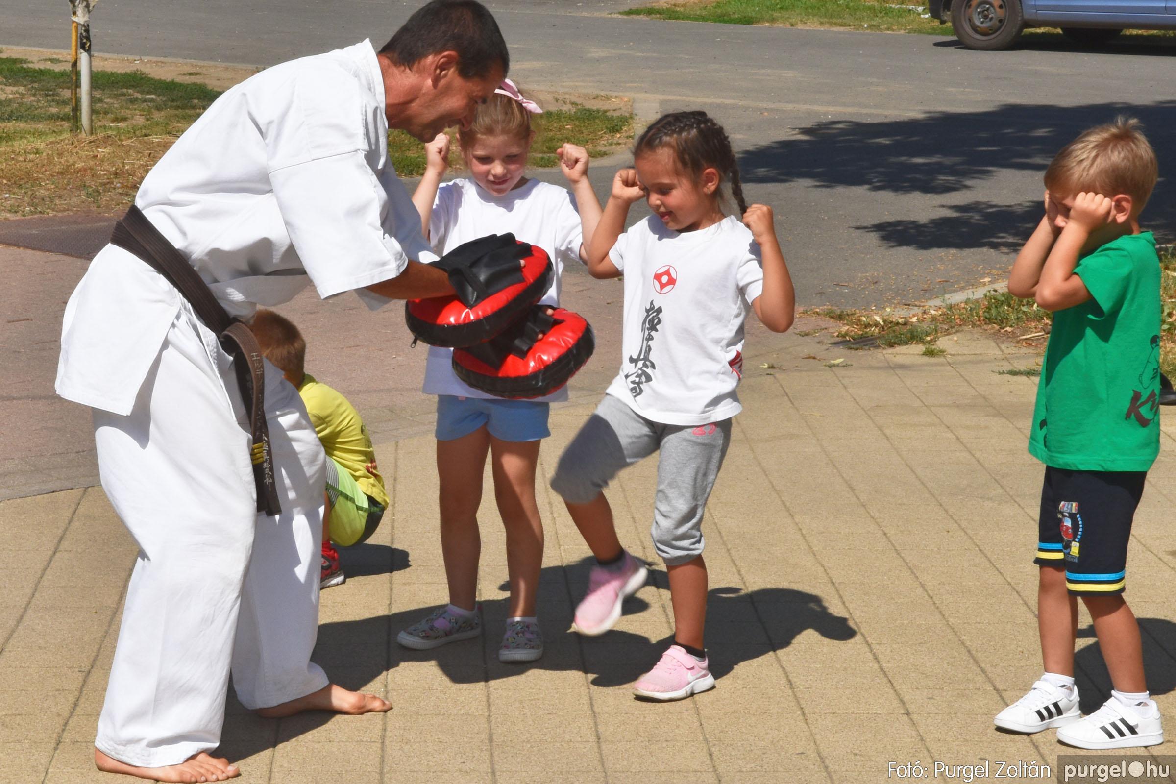 2021.08.20. 096 Szegvári Falunap - Kyokushin karate bemutató - Fotó:PURGEL ZOLTÁN© DSC_8791q.jpg