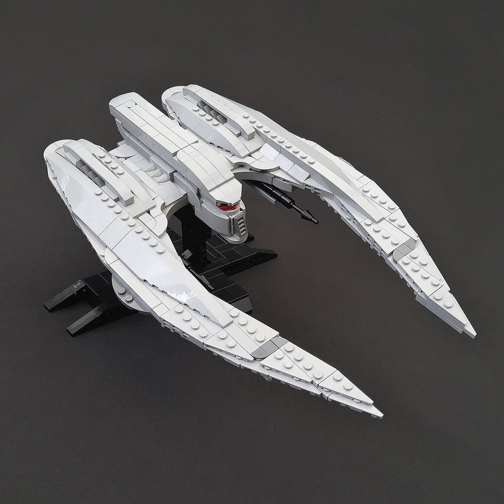 MK II Cylon Raider - Minifig scale - Instructions available