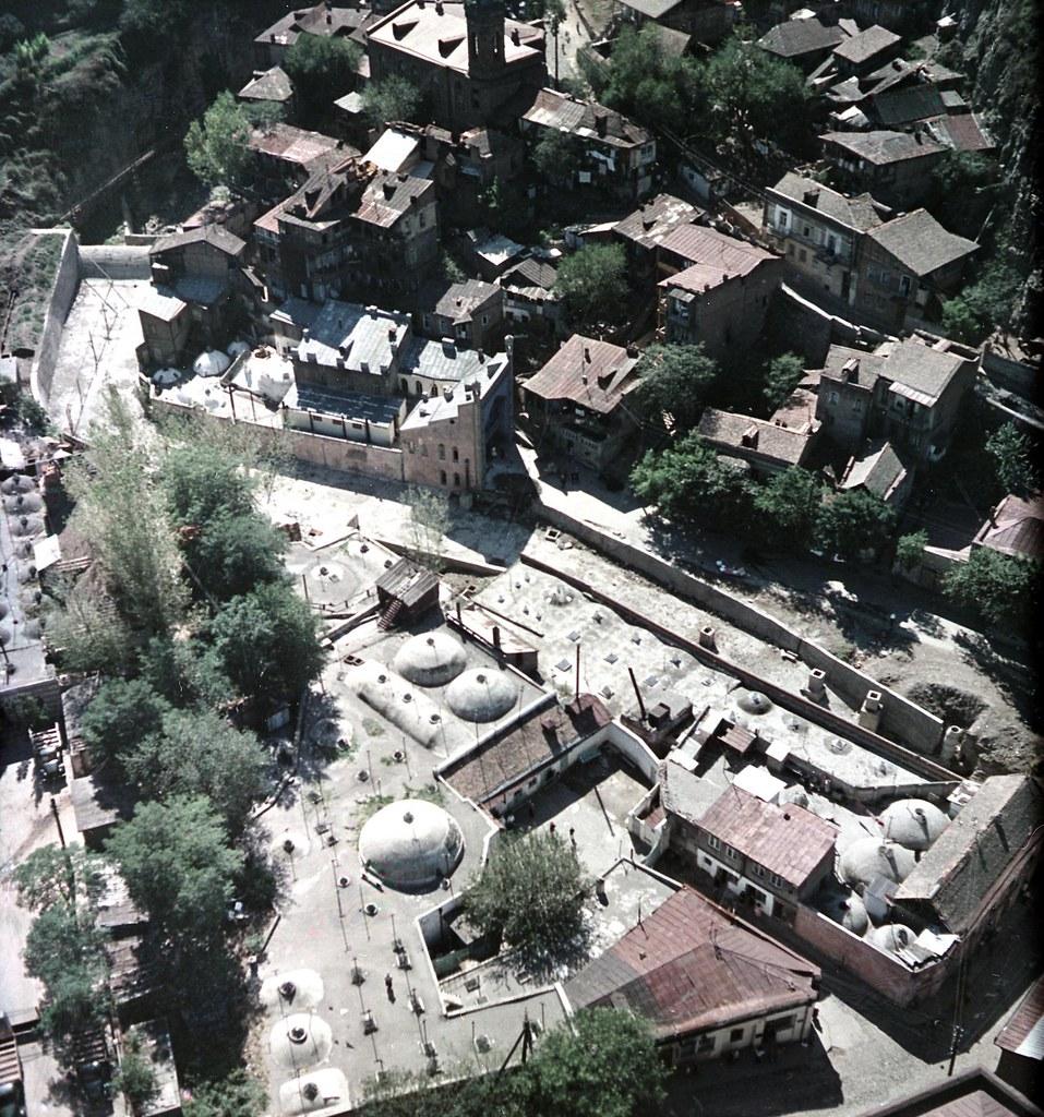 Тбилиси. Съёмка из вертолета. Район серных бань. сентябрь-октябрь