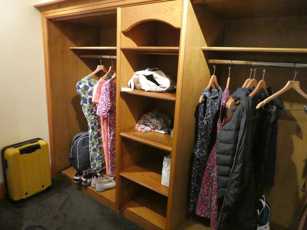 Dressing room/walk in wardrobe, GIbbon Bridge Hotel, Chipping