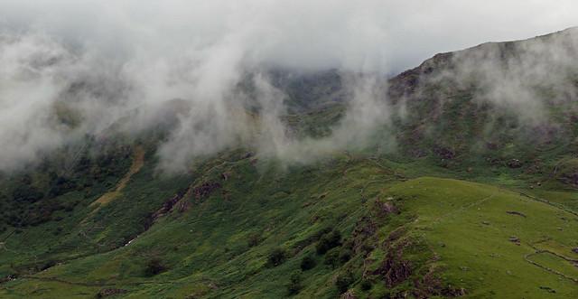 Moving mist
