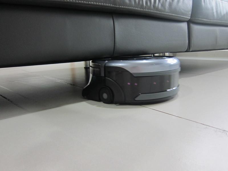 ILife Shinebot W450 - Underneath Sofa