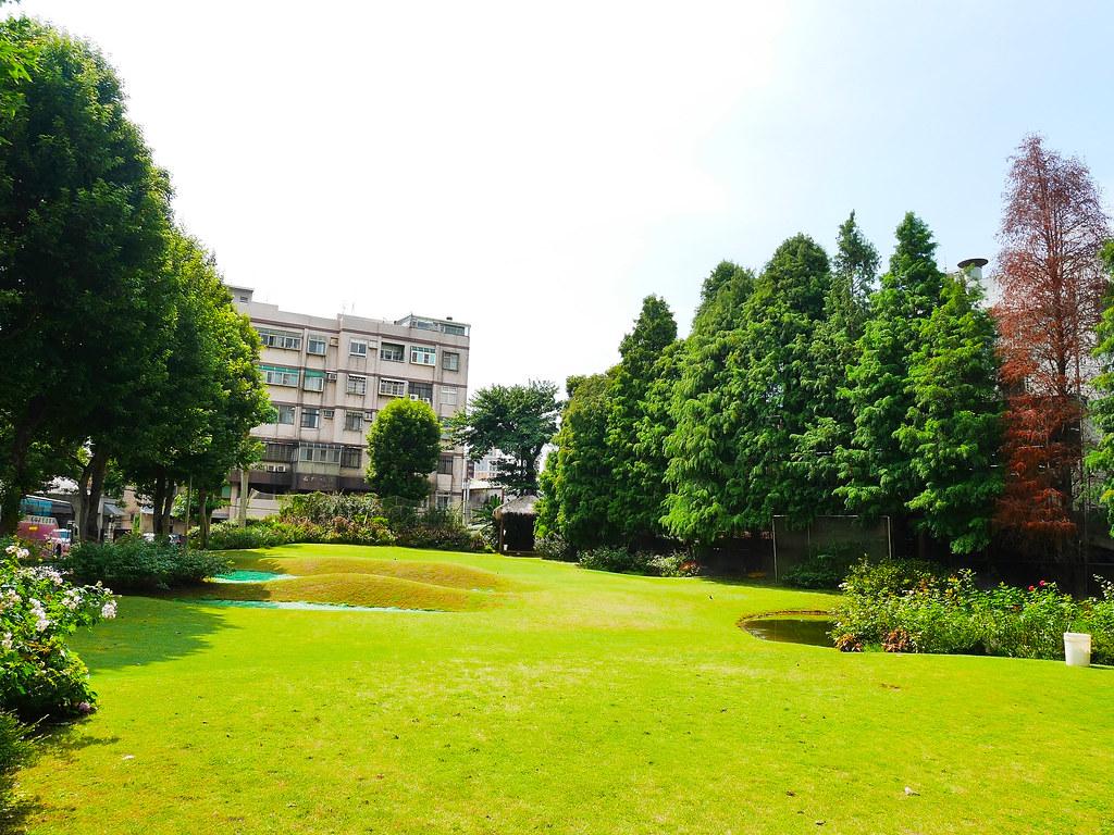 桃園楊梅景點雅聞魅力博覽館免費參觀歐式花園玫瑰園噴水池庭園造景植物園 (8)