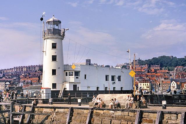 Scarborough Pier Lighthouse - Jul 1967